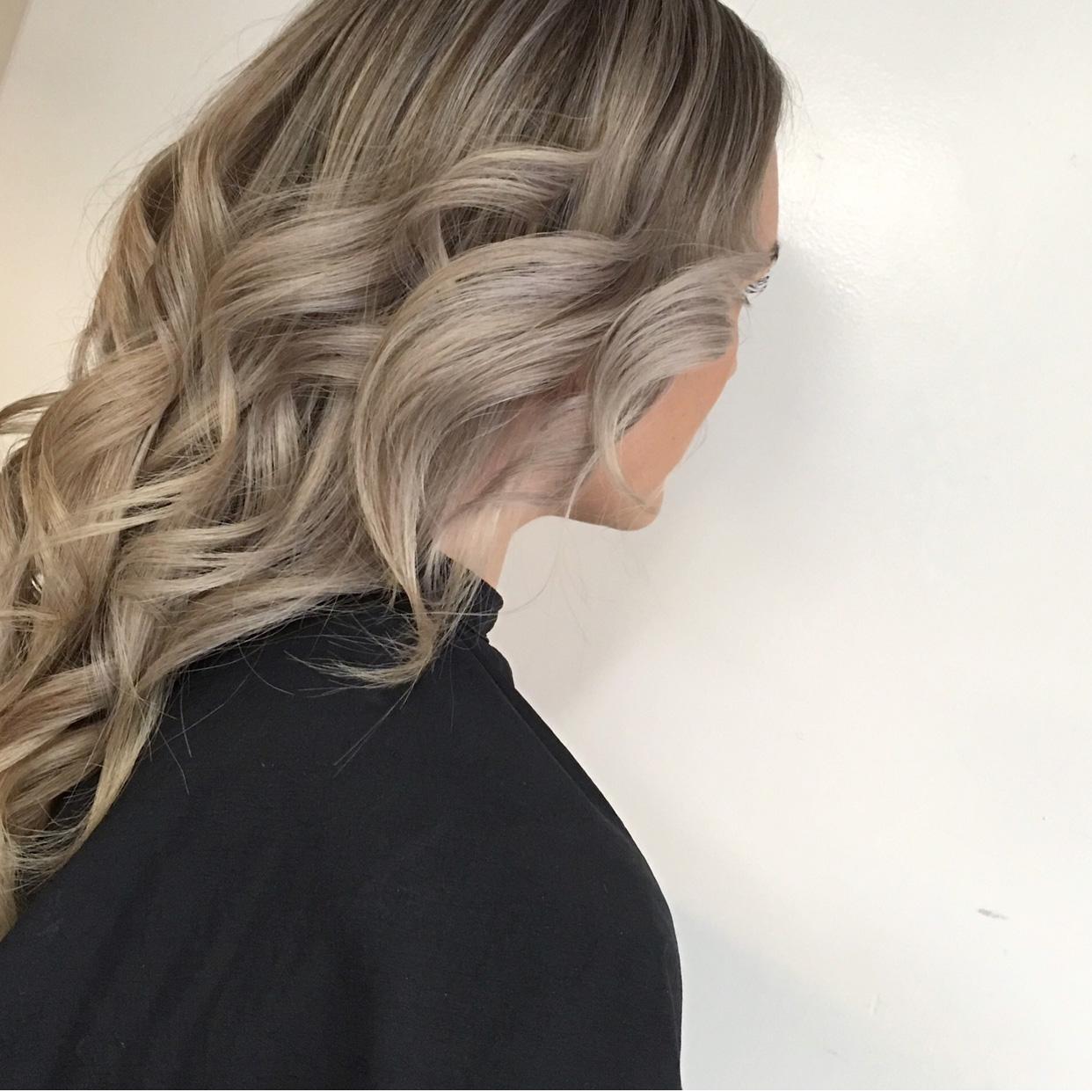 Bild på frisyr hos frisör Frida i Borlänge